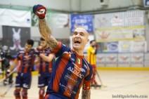 Pedro Gil celebra su gol ante el Bassano