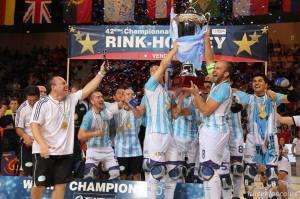 Argentina levanta la Copa de Campeones del Mundo